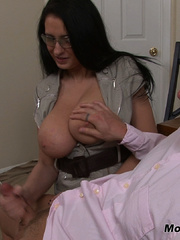 Bella gets a massive load spurted all over her - XXXonXXX - Pic 13