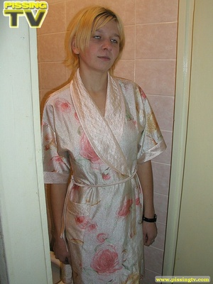 A slutty drunk blonde bitch demonstrates how enjoyable  taking a piss in the toilet can be - XXXonXXX - Pic 2