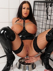 Busty brunette dom cages a naked man sub then she - XXXonXXX - Pic 3