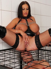 Busty brunette dom cages a naked man sub then she - XXXonXXX - Pic 9