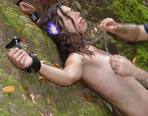 Pretty school girl cuffed outdoors and punished kinkily - Picture 2