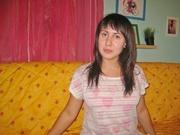 brunette qahira