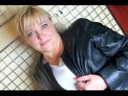 blonde daianalive