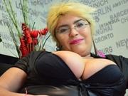 blonde emma willing perform