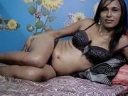 brunette priya