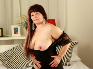 morena holly perform anal