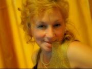 blonde sabrina willing perform
