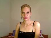 blonde juicyandreea69 willing perform