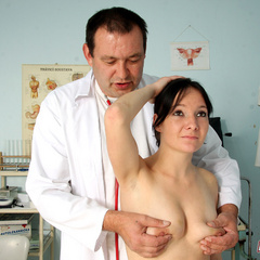 Old doctor shagging his naked blindfolded - XXX Dessert - Picture 1