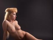blonde cassie willing perform