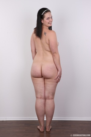Her big gamekeeper butt cheeks will be i - XXX Dessert - Picture 18