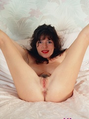 Diana Wynn, big tits UK page 3 girl, nude - XXX Dessert - Picture 5