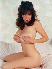 Diana Wynn, big tits UK page 3 girl, nude - XXX Dessert - Picture 12