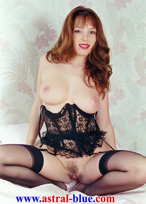 Page 3 Girl Lucy Gresty doing things she - XXX Dessert - Picture 15