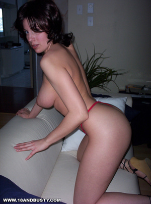 Bi swingers and her first milf pussy 1
