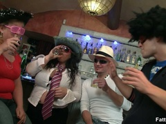 Three horny fat girls in fancy hats and glasses give - Picture 2