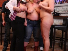 BBW sex action as three fat kinky chicks enjoy sex party - Picture 8
