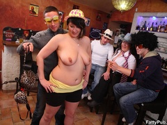 Sexy fat chicks in funny hats and glasses give three - Picture 3