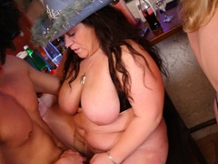 Sexy fat chicks in funny hats and glasses give three - Picture 11