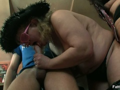 Kinky videos of hot BBW action with three fat babes - Picture 11