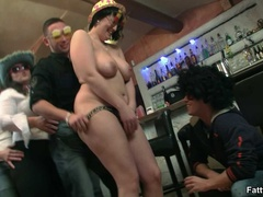 Three fat chicks in bar joined by three guys for BBW - Picture 6