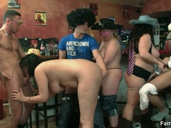 Three fat chicks in bar joined by three guys for BBW - Picture 14