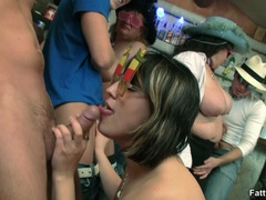 Cute fat chick in funny glasses sucks cock and spreads - Picture 5