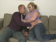 Fat blonde chick is crazy for hard cock and sucks it - Picture 3