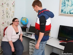 Fat teacher gets task to fuck student and she sucks cock - Picture 2