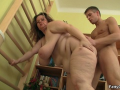 Fat chick calls guy over to suck his cock and get fucked - Picture 9