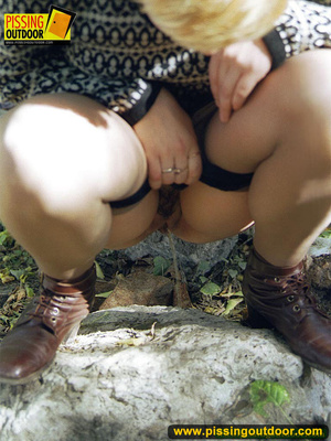Cute short hair blonde bends down to take a piss out in the woods in early autumn - XXXonXXX - Pic 8