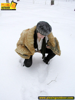 Cute white teen in fur coat, shirt and pantyhose takes an piss in the snow - XXXonXXX - Pic 5