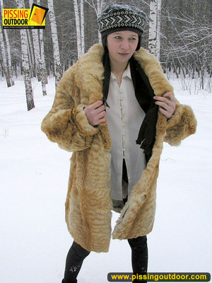 Cute white teen in fur coat, shirt and pantyhose takes an piss in the snow - XXXonXXX - Pic 18