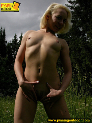 Hot blonde strips off her clothes erotically before letting out a spray of piss - XXXonXXX - Pic 6