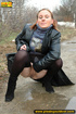 Pretty babe in black leather and stockings stop on…
