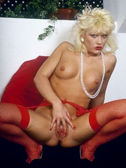Retro chick in stockings playing with - XXX Dessert - Picture 8