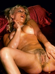 Blonde milf playing with thick glass - XXX Dessert - Picture 2