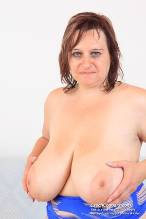 Cute momma with big bouncy tits opens up to reveal pussy as she sticks in dildo - XXXonXXX - Pic 7