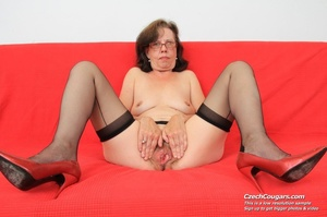 Matured chick in glasses shows hairy matured pussy, sucks dildo and puts in pussy - XXXonXXX - Pic 15