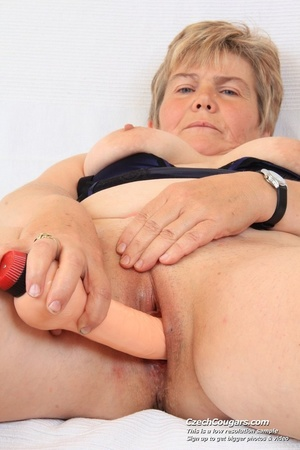 Slutty grandma with big tits feeling naughty opens and masturbates with sex toy - XXXonXXX - Pic 7