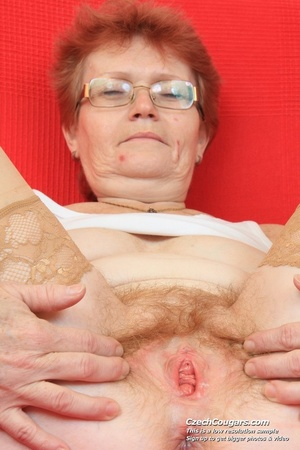 Red hair granny shows tits and hairy pussy before masturbating with long dildo - XXXonXXX - Pic 11