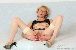 Matured mama show tits and pussy before masturbating with big dildo and fingers - XXXonXXX - Pic 4