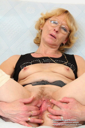 Matured mama show tits and pussy before masturbating with big dildo and fingers - XXXonXXX - Pic 5