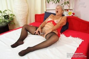 Slutty grandma feeling horny moans as she uses long dildo to masturbate pussy - XXXonXXX - Pic 3