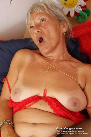 Slutty grandma feeling horny moans as she uses long dildo to masturbate pussy - XXXonXXX - Pic 10