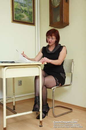 Hot naughty matured teacher strips in class to show ass and pussy and fuck dildo - XXXonXXX - Pic 5