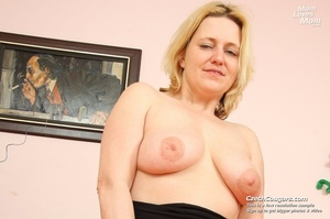 Wild matured mama just cant wait to be laid shows tits and pussy and fucks dildo - XXXonXXX - Pic 12