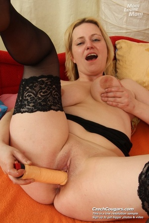 Wild matured mama just cant wait to be laid shows tits and pussy and fucks dildo - XXXonXXX - Pic 14