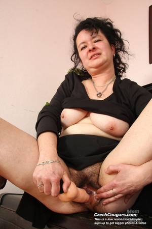 Hot blooded momma looks real hot showing pussy and tits and playing with dildo - XXXonXXX - Pic 10