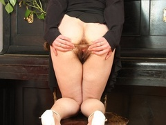 Hot blooded momma looks real hot showing pussy and - XXXonXXX - Pic 14